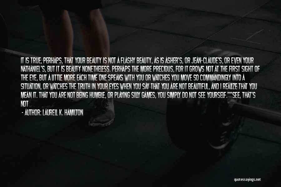 Moon's Beauty Quotes By Laurell K. Hamilton