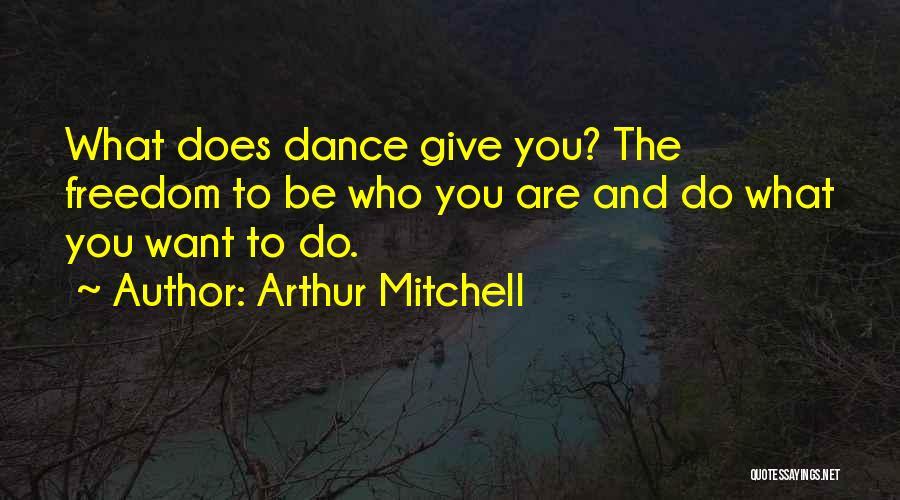 Sarafine Duchannes Quotes By Arthur Mitchell